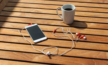 Bliv lidt klogere med podcasts – eller bliv godt underholdt med en historie